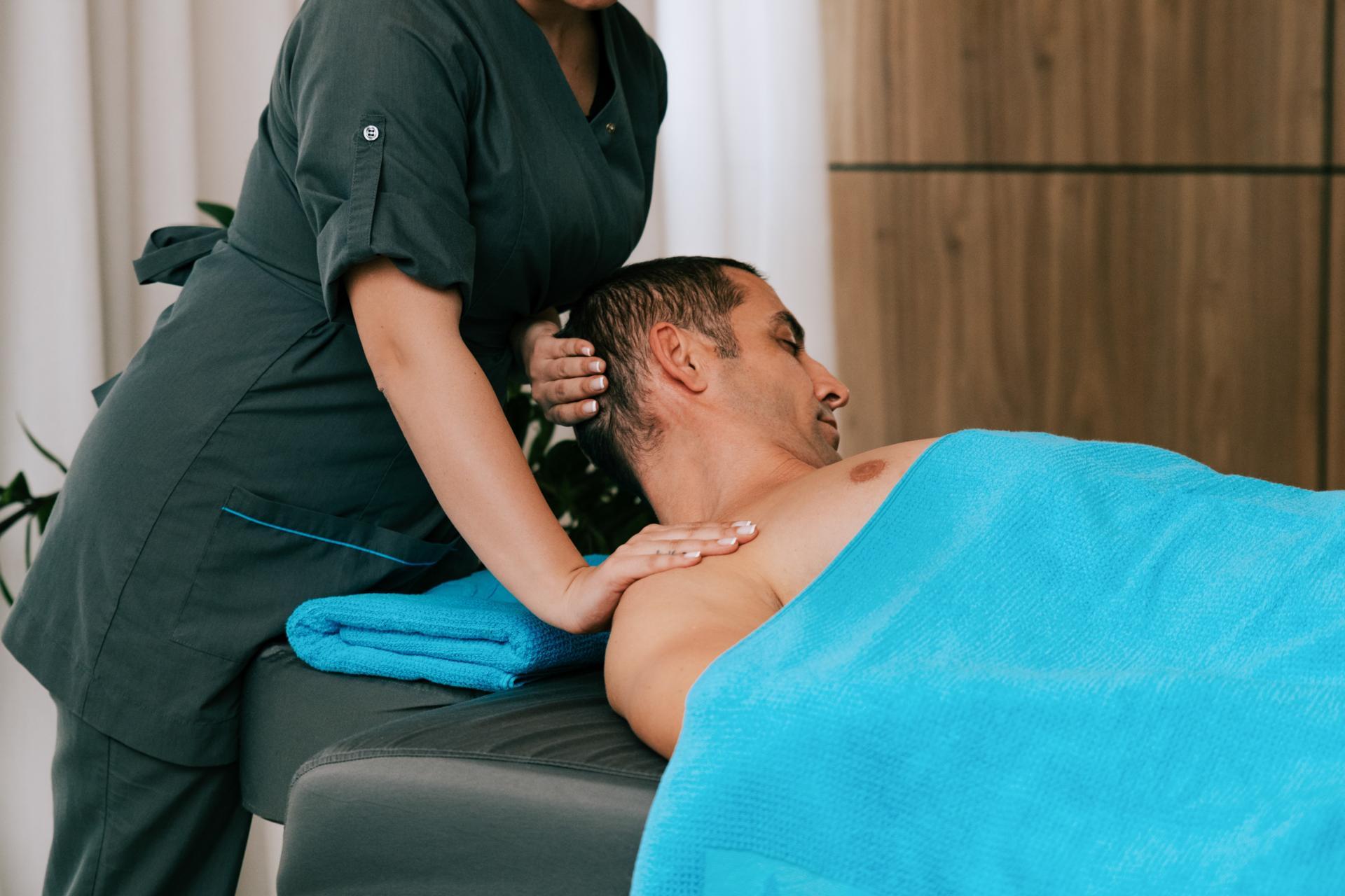 massage_aqh.jpg